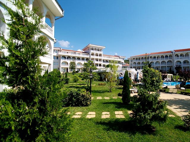 Sveti Vlas Bulgaria Hotel Complex Lazur - The hotel complex 'Lazur' is located in the resort Sveti Vlas (Saint Vlas), Bulgaria, only 150 meters from the sea, with 9 buildings built in the style of the late Baroque architecture and 68 fully furnished apartments, which offer a pleasant feeling of relaxation, comfort and convenience. - , Sveti, Vlas, Bulgaria, hotel, hotels, complex, complexes, Lazur, place, places, nature, natures, holiday, holidays, travel, travels, tour, tours, trip, trips, excursion, excursions, vacation, vacations, resort, resorts, Saint, meters, meter, sea, seas, buildings, building, style, styles, late, Baroque, architecture, architectures, apartments, apartment, pleasant, feeling, feelings, relaxation, relaxations, comfort, comforts, convenience, conveniences - The hotel complex 'Lazur' is located in the resort Sveti Vlas (Saint Vlas), Bulgaria, only 150 meters from the sea, with 9 buildings built in the style of the late Baroque architecture and 68 fully furnished apartments, which offer a pleasant feeling of relaxation, comfort and convenience. Solve free online Sveti Vlas Bulgaria Hotel Complex Lazur puzzle games or send Sveti Vlas Bulgaria Hotel Complex Lazur puzzle game greeting ecards  from puzzles-games.eu.. Sveti Vlas Bulgaria Hotel Complex Lazur puzzle, puzzles, puzzles games, puzzles-games.eu, puzzle games, online puzzle games, free puzzle games, free online puzzle games, Sveti Vlas Bulgaria Hotel Complex Lazur free puzzle game, Sveti Vlas Bulgaria Hotel Complex Lazur online puzzle game, jigsaw puzzles, Sveti Vlas Bulgaria Hotel Complex Lazur jigsaw puzzle, jigsaw puzzle games, jigsaw puzzles games, Sveti Vlas Bulgaria Hotel Complex Lazur puzzle game ecard, puzzles games ecards, Sveti Vlas Bulgaria Hotel Complex Lazur puzzle game greeting ecard