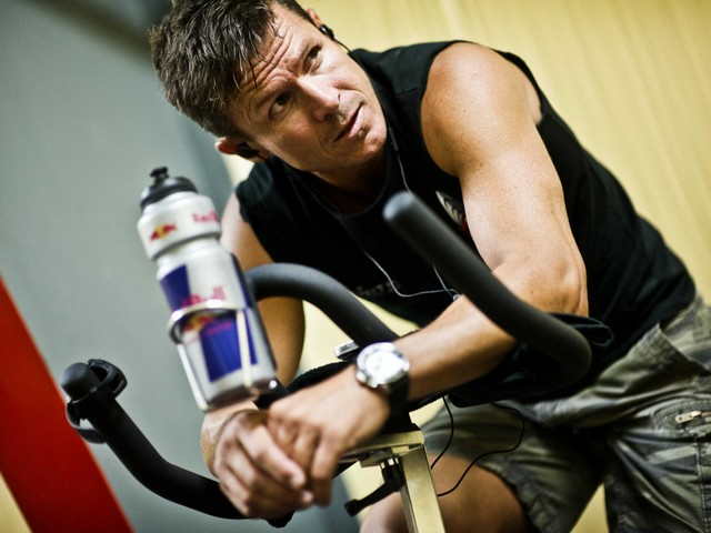 Felix Baumgartner in the Gym - Felix Baumgartner, an Austrian skydiver and a BASE jumper, nicknamed 'Fearless Felix' and 'God of the Skies', in the gym, where he is doing some light cardio exercises for relaxing during the preparations for the mission of the 'Red Bull Stratos' in Roswell, New Mexico, USA. On October 14, 2012 he crossed the sound barrier in freefall from 39 kilometres above the Earth, nearly from the edge of space, reaching speed of 1,342 kilometres per hour (834 mph). - , Felix, Baumgartner, in, gym, gyms, sport, sports, celebrities, celebrity, Austrian, skydiver, skydivers, BASE, jumper, jumpers, fearless, good, skies, sky, cardio, exercises, exercise, relaxing, preparations, preparation, mission, Red, Bull, Stratos, Roswell, New, Mexico, USA, October, 2012, sound, barrier, barriers, freefall, kilometres, kilometre, Earth, edge, space, speed, speeds, hour, hours, mph - Felix Baumgartner, an Austrian skydiver and a BASE jumper, nicknamed 'Fearless Felix' and 'God of the Skies', in the gym, where he is doing some light cardio exercises for relaxing during the preparations for the mission of the 'Red Bull Stratos' in Roswell, New Mexico, USA. On October 14, 2012 he crossed the sound barrier in freefall from 39 kilometres above the Earth, nearly from the edge of space, reaching speed of 1,342 kilometres per hour (834 mph). Solve free online Felix Baumgartner in the Gym puzzle games or send Felix Baumgartner in the Gym puzzle game greeting ecards  from puzzles-games.eu.. Felix Baumgartner in the Gym puzzle, puzzles, puzzles games, puzzles-games.eu, puzzle games, online puzzle games, free puzzle games, free online puzzle games, Felix Baumgartner in the Gym free puzzle game, Felix Baumgartner in the Gym online puzzle game, jigsaw puzzles, Felix Baumgartner in the Gym jigsaw puzzle, jigsaw puzzle games, jigsaw puzzles games, Felix Baumgartner in the Gym puzzle game ecard, puzzles games ecards, Felix Baumgartner in the Gym puzzle game greeting ecard