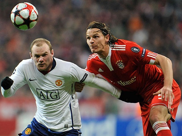 Football - Daniel van Buyten and Wayne Rooney playing the match between Bayern Munich and Manchester United (Champions League 2010). - , Football, sport, match, Bayern, Munich, Manchester, United, Champions, League, 2010 - Daniel van Buyten and Wayne Rooney playing the match between Bayern Munich and Manchester United (Champions League 2010). Solve free online Football puzzle games or send Football puzzle game greeting ecards  from puzzles-games.eu.. Football puzzle, puzzles, puzzles games, puzzles-games.eu, puzzle games, online puzzle games, free puzzle games, free online puzzle games, Football free puzzle game, Football online puzzle game, jigsaw puzzles, Football jigsaw puzzle, jigsaw puzzle games, jigsaw puzzles games, Football puzzle game ecard, puzzles games ecards, Football puzzle game greeting ecard