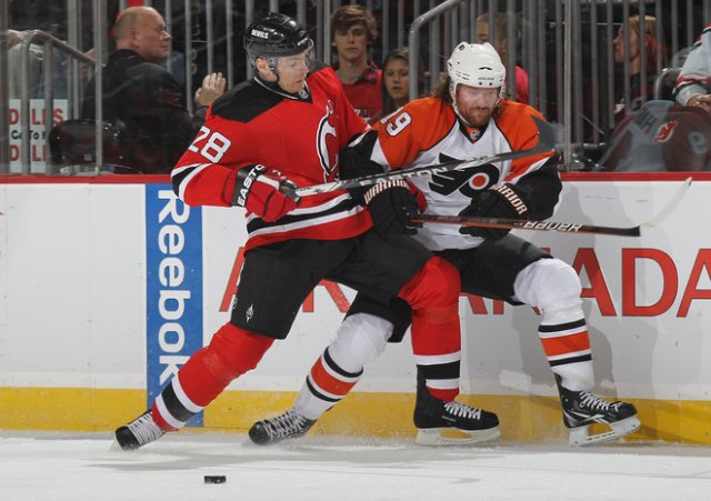 NHL 2010 Martin Skoula hits Scott Hartnell - Martin Skoula #28 of the New Jersey Devils hits into the boards Scott Hartnell #19 of the Philadelphia Flyers during the NHL 2010 in Newark, New Jersey (April 14). - , NHL, 2010, Martin, Skoula, Scott, Hartnell, sport, sports, hockey, ice-hockey, New, Jersey, Devils, Philadelphia, Flyers, Newark - Martin Skoula #28 of the New Jersey Devils hits into the boards Scott Hartnell #19 of the Philadelphia Flyers during the NHL 2010 in Newark, New Jersey (April 14). Solve free online NHL 2010 Martin Skoula hits Scott Hartnell puzzle games or send NHL 2010 Martin Skoula hits Scott Hartnell puzzle game greeting ecards  from puzzles-games.eu.. NHL 2010 Martin Skoula hits Scott Hartnell puzzle, puzzles, puzzles games, puzzles-games.eu, puzzle games, online puzzle games, free puzzle games, free online puzzle games, NHL 2010 Martin Skoula hits Scott Hartnell free puzzle game, NHL 2010 Martin Skoula hits Scott Hartnell online puzzle game, jigsaw puzzles, NHL 2010 Martin Skoula hits Scott Hartnell jigsaw puzzle, jigsaw puzzle games, jigsaw puzzles games, NHL 2010 Martin Skoula hits Scott Hartnell puzzle game ecard, puzzles games ecards, NHL 2010 Martin Skoula hits Scott Hartnell puzzle game greeting ecard