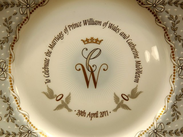 Royal Wedding England Stoke-on-Trent Handmade Chinaware - Official commemorative plate from chinaware of the Royal Collection, handmade in Stoke-on-Trent, Staffordshire, England, using methods that have remained unchanged for 250 years, to mark the forthcoming wedding of Prince William of Wales and Miss Catherine Middleton on 29 April 2011, exhibited at the Queen's Gallery shops in Buckingham Palace and Windsor Castle. - , Royal, wedding, weddings, England, Stoke-on-Trent, handmade, chinaware, art, arts, show, shows, ceremony, ceremonies, event, events, entertainment, entertainments, place, places, celebrities, celebrity, official, commemorative, plate, plates, Staffordshire, methods, method, 250, years, year, prince, princes, William, Wales, Miss, Catherine, Middleton, April, 2011, Queens, gallery, galleries, shops, shop, Buckingham, palace, palaces, Windsor, castle, castles - Official commemorative plate from chinaware of the Royal Collection, handmade in Stoke-on-Trent, Staffordshire, England, using methods that have remained unchanged for 250 years, to mark the forthcoming wedding of Prince William of Wales and Miss Catherine Middleton on 29 April 2011, exhibited at the Queen's Gallery shops in Buckingham Palace and Windsor Castle. Solve free online Royal Wedding England Stoke-on-Trent Handmade Chinaware puzzle games or send Royal Wedding England Stoke-on-Trent Handmade Chinaware puzzle game greeting ecards  from puzzles-games.eu.. Royal Wedding England Stoke-on-Trent Handmade Chinaware puzzle, puzzles, puzzles games, puzzles-games.eu, puzzle games, online puzzle games, free puzzle games, free online puzzle games, Royal Wedding England Stoke-on-Trent Handmade Chinaware free puzzle game, Royal Wedding England Stoke-on-Trent Handmade Chinaware online puzzle game, jigsaw puzzles, Royal Wedding England Stoke-on-Trent Handmade Chinaware jigsaw puzzle, jigsaw puzzle games, jigsaw puzzles games, Royal Wedding England Stoke-on-Trent Handmade Chinaware puzzle game ecard, puzzles games ecards, Royal Wedding England Stoke-on-Trent Handmade Chinaware puzzle game greeting ecard