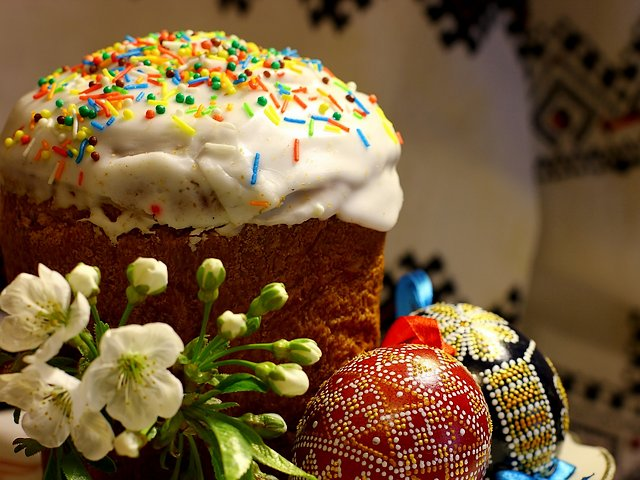 Kulich and Easter Eggs - Kulich, the sweet Easter bread topped with a glaze of sugar, which represents a dome of church with snow on it, decorated with flowers, dotted with raisins, nuts and candied citrus rind and the a wide variety of beautifully adorned eggs are very popular during the religious Christian ceremonies in Orthodox Russia and Ukraine. Kulich is a symbol of atonement on the cross by Jesus Christ. Traditionally, Kulich is eaten during the 40 days following Easter until Pentecost. - , Kulich, Easter, eggs, egg, food, foods, holidays, holiday, feast, feasts, sweet, bread, breads, glaze, of, sugar, dome, domes, church, churches, snow, flowers, flower, raisins, nuts, nut, candied, citrus, rind, wide, variety, varieties, beautifully, adorned, popular, religious, Christian, ceremonies, ceremony, Orthodox, Russia, Ukraine, symbol, symbols, atonement, cross, Jesus, Christ, traditionally, days, day, Pentecost. - Kulich, the sweet Easter bread topped with a glaze of sugar, which represents a dome of church with snow on it, decorated with flowers, dotted with raisins, nuts and candied citrus rind and the a wide variety of beautifully adorned eggs are very popular during the religious Christian ceremonies in Orthodox Russia and Ukraine. Kulich is a symbol of atonement on the cross by Jesus Christ. Traditionally, Kulich is eaten during the 40 days following Easter until Pentecost. Solve free online Kulich and Easter Eggs puzzle games or send Kulich and Easter Eggs puzzle game greeting ecards  from puzzles-games.eu.. Kulich and Easter Eggs puzzle, puzzles, puzzles games, puzzles-games.eu, puzzle games, online puzzle games, free puzzle games, free online puzzle games, Kulich and Easter Eggs free puzzle game, Kulich and Easter Eggs online puzzle game, jigsaw puzzles, Kulich and Easter Eggs jigsaw puzzle, jigsaw puzzle games, jigsaw puzzles games, Kulich and Easter Eggs puzzle game ecard, puzzles games ecards, Kulich and Easter Eggs puzzle game greeting ecard