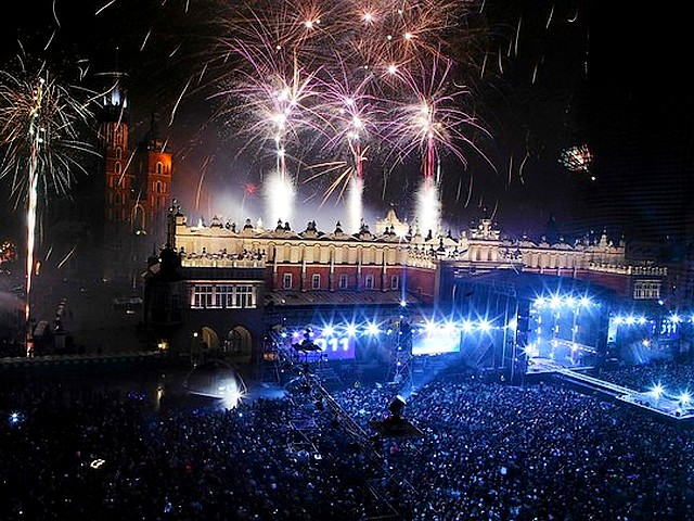 Fireworks over Sukiennice Building in Krakow Poland - Fireworks explode over the 'Sukiennice' building at market square in the old town of Krakow, Southern Poland, on January 1, 2011. - , fireworks, firework, Sukiennice, building, buildings, Krakow, Poland, show, shows, holidays, holiday, festival, festivals, celebrations, celebration, market, markets, square, squares, old, town, towns, southern - Fireworks explode over the 'Sukiennice' building at market square in the old town of Krakow, Southern Poland, on January 1, 2011. Solve free online Fireworks over Sukiennice Building in Krakow Poland puzzle games or send Fireworks over Sukiennice Building in Krakow Poland puzzle game greeting ecards  from puzzles-games.eu.. Fireworks over Sukiennice Building in Krakow Poland puzzle, puzzles, puzzles games, puzzles-games.eu, puzzle games, online puzzle games, free puzzle games, free online puzzle games, Fireworks over Sukiennice Building in Krakow Poland free puzzle game, Fireworks over Sukiennice Building in Krakow Poland online puzzle game, jigsaw puzzles, Fireworks over Sukiennice Building in Krakow Poland jigsaw puzzle, jigsaw puzzle games, jigsaw puzzles games, Fireworks over Sukiennice Building in Krakow Poland puzzle game ecard, puzzles games ecards, Fireworks over Sukiennice Building in Krakow Poland puzzle game greeting ecard