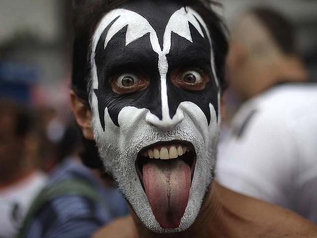 carnival brazil mask. Rio Carnival Brazil 2011