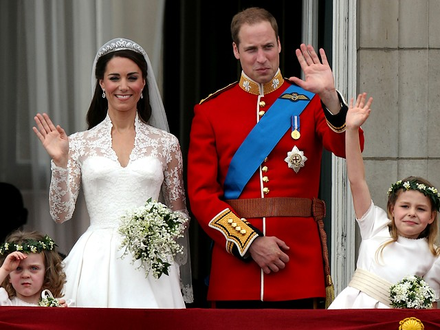 Royal Wedding England Prince William and Catherine at Balcony of Buckingham Palace London - Royal Wedding England