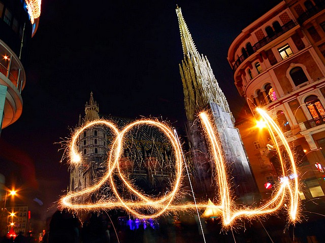 2011 Sparkler in front of Stephansdom in Vienna Austria - 2011 written with a sparkler in front of Stephansdom (St. Stephen Cathedral) during celebrations in the New Year's Eve Vienna, Austria on December 31, 2010. - , fireworks, firework, sparkler, sparklers, Stephansdom, Vienna, Austria, show, shows, holidays, holiday, festival, festivals, celebrations, celebration, New, Year, eve, December, 2010 - 2011 written with a sparkler in front of Stephansdom (St. Stephen Cathedral) during celebrations in the New Year's Eve Vienna, Austria on December 31, 2010. Решайте бесплатные онлайн 2011 Sparkler in front of Stephansdom in Vienna Austria пазлы игры или отправьте 2011 Sparkler in front of Stephansdom in Vienna Austria пазл игру приветственную открытку  из puzzles-games.eu.. 2011 Sparkler in front of Stephansdom in Vienna Austria пазл, пазлы, пазлы игры, puzzles-games.eu, пазл игры, онлайн пазл игры, игры пазлы бесплатно, бесплатно онлайн пазл игры, 2011 Sparkler in front of Stephansdom in Vienna Austria бесплатно пазл игра, 2011 Sparkler in front of Stephansdom in Vienna Austria онлайн пазл игра , jigsaw puzzles, 2011 Sparkler in front of Stephansdom in Vienna Austria jigsaw puzzle, jigsaw puzzle games, jigsaw puzzles games, 2011 Sparkler in front of Stephansdom in Vienna Austria пазл игра открытка, пазлы игры открытки, 2011 Sparkler in front of Stephansdom in Vienna Austria пазл игра приветственная открытка