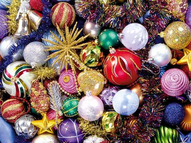 Christmas Ornaments Wallpaper
