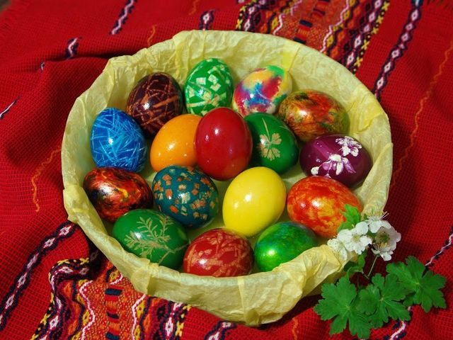 Easter in Bulgaria - Easter decoration in christian spirit with colorful eggs on a tablecloth with Bulgarian embroidery. The Easter in Bulgaria is celebrated according to the date determined by the Orthodox Church, which uses the Julian calendar, for difference of the Catholics world, who follow the Gregorian calendar. The dyeing of Easter eggs is a festive tradition, marking the beginning of spring and the end of a time of scarcity of the winter. The first egg is always red, which symbolizes health and should be left as an offering for the house. - , Easter, Bulgaria, holidays, holiday, decoration, decorations, christian, spirit, spirits, colorful, eggs, egg, tablecloth, tablecloths, Bulgarian, embroidery, embroideries, date, dates, Orthodox, church, churches, Julian, calendar, calendars, difference, Catholics, world, worlds, Gregorian, festive, tradition, traditions, beginning, spring, end, time, times, scarcity, winter, first, red, health, offering, offerings, house, houses - Easter decoration in christian spirit with colorful eggs on a tablecloth with Bulgarian embroidery. The Easter in Bulgaria is celebrated according to the date determined by the Orthodox Church, which uses the Julian calendar, for difference of the Catholics world, who follow the Gregorian calendar. The dyeing of Easter eggs is a festive tradition, marking the beginning of spring and the end of a time of scarcity of the winter. The first egg is always red, which symbolizes health and should be left as an offering for the house. Solve free online Easter in Bulgaria puzzle games or send Easter in Bulgaria puzzle game greeting ecards  from puzzles-games.eu.. Easter in Bulgaria puzzle, puzzles, puzzles games, puzzles-games.eu, puzzle games, online puzzle games, free puzzle games, free online puzzle games, Easter in Bulgaria free puzzle game, Easter in Bulgaria online puzzle game, jigsaw puzzles, Easter in Bulgaria jigsaw puzzle, jigsaw puzzle games, jigsaw puzzles games, Easter in Bulgaria puzzle game ecard, puzzles games ecards, Easter in Bulgaria puzzle game greeting ecard